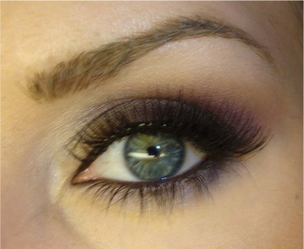 cute makeup ideas. simple eye makeup. dark smokey