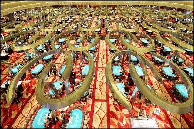 skepark resturent - SkyPark in Singapore