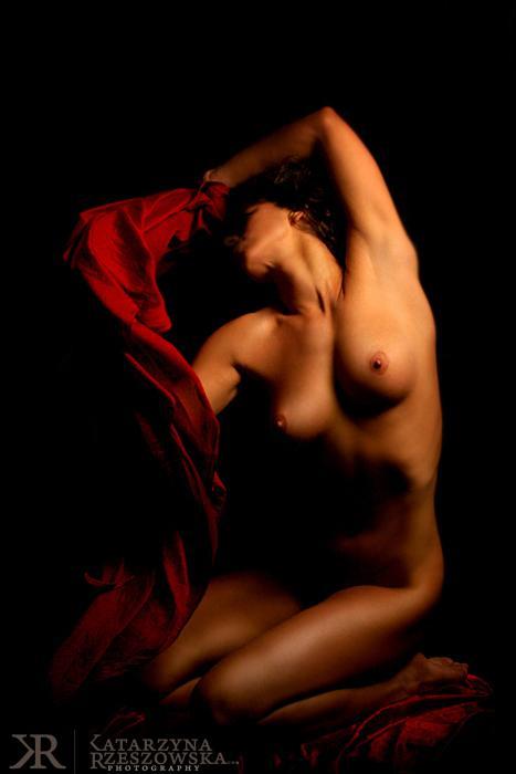 Katarzyna Rzeszowska fotos mulheres vermelho