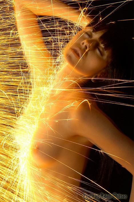 fogo faíscas eróticas Adam Chilson fotografia arte