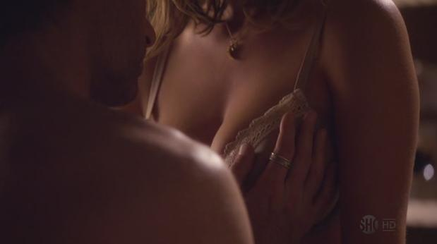 peitos bundas terceira temporada californication screenshots