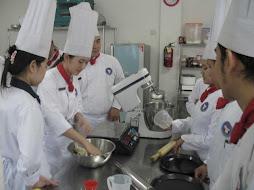 Sekolah Kuliner Pencetak Chef, informasi silahkan klik di