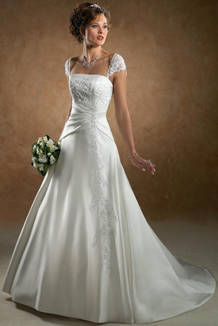 wedding dresses with sleeves and pockets. Classic daring wedding gown
