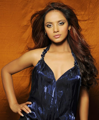 Neetu Chandra Bollywood Glam Doll Photoshoot