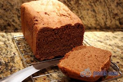 Kara Çavdar Ekmeği