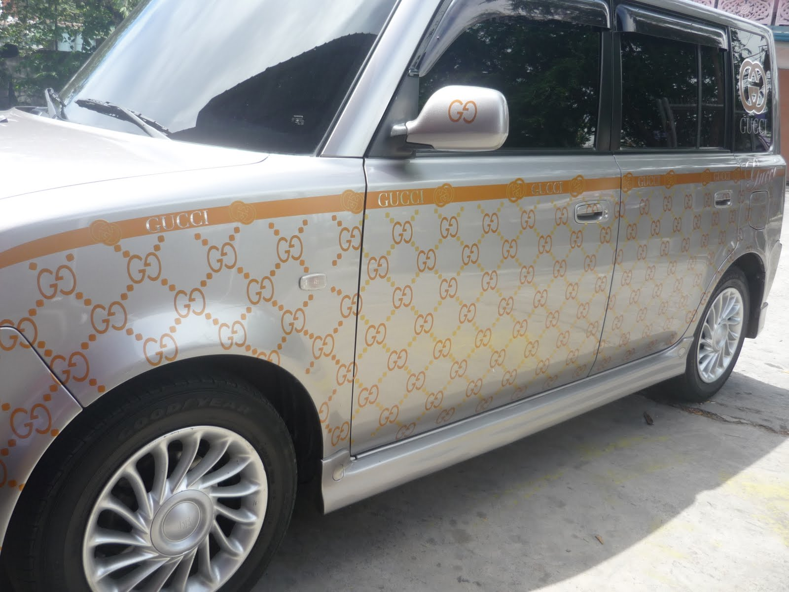Viva car sticker design - Do You Want Chanel Design Car