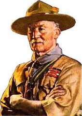 Notre fier idole, Baden Powell, qui a oublié son fouet sur cette image.