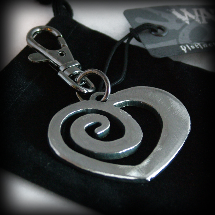 Eternal Love Symbols http://wattoonline.blogspot.com/2011/01/spiral-heart-symbol-of-eternal-love.html