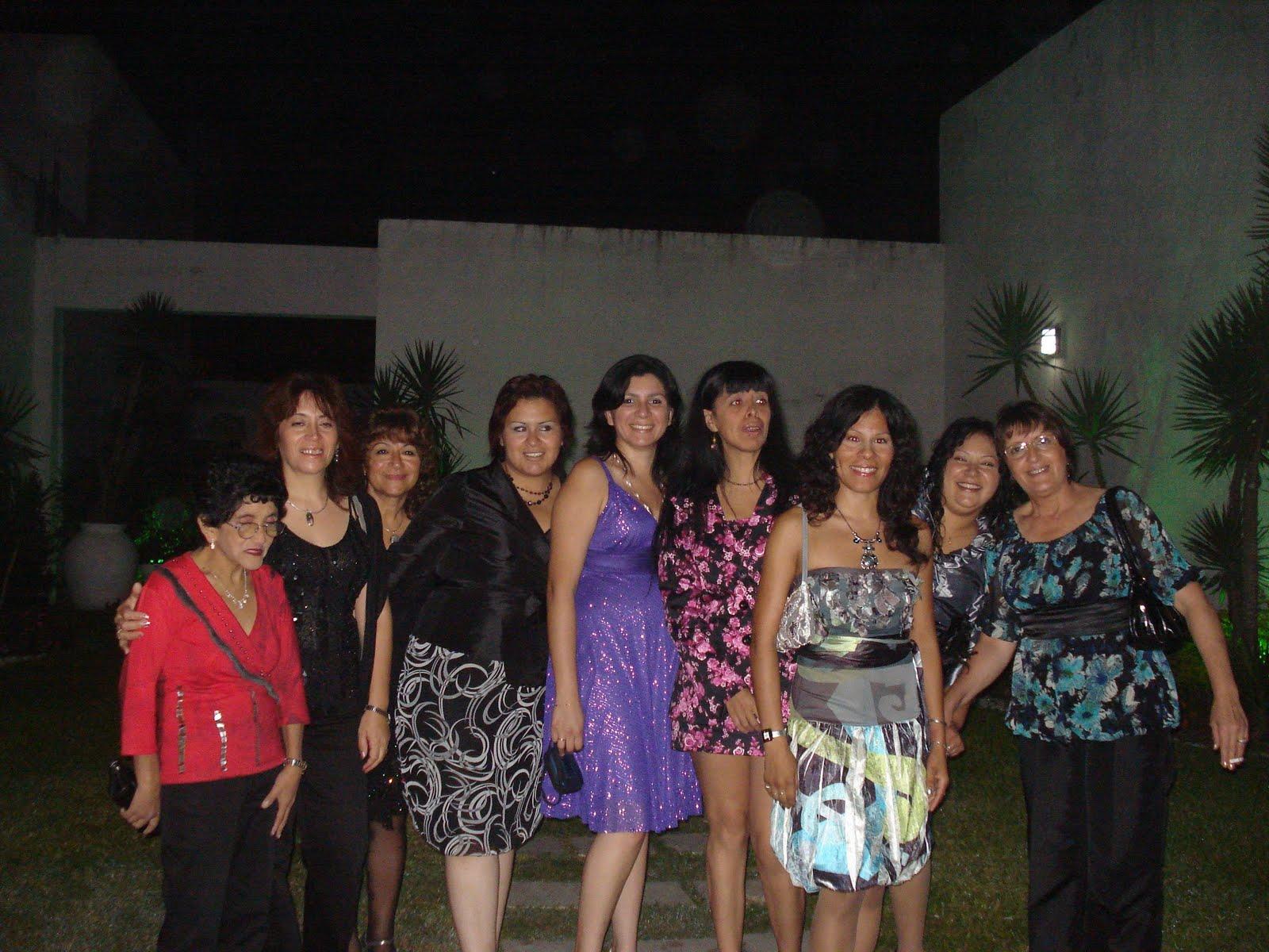 http://2.bp.blogspot.com/_VpZOTAYRbTA/S9oapnxf16I/AAAAAAAAAPQ/Y7Tk5tYTDfM/s1600/Cena+Aniversario+3.JPG