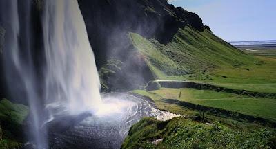 Cascada Seljalandsfoss (Costa Sur de Islandia)