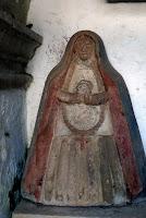 Notre Dame du rosaire. Chapelle rurale, Selores Cantabrie Espagne 22 août 2009