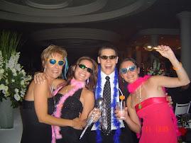 Eu, Renata, Max e CAmi no casamento do meu irmão com a Bel...janeiro 2005