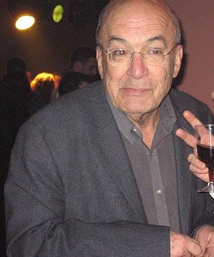 Yossi Sarid - Muchas gracias, pero el doctor ya no me deja beber