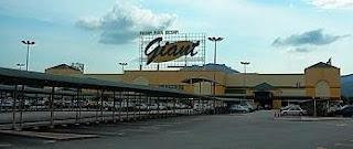 Pasaraya Besar Giant Bayan Baru