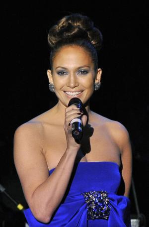 Jennifer Lopez   on Jennifer Lopez Hot