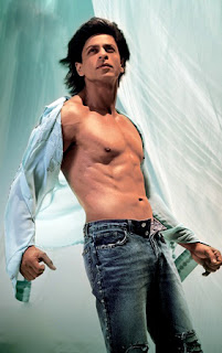 Shah Rukh Khan in Om Shanthi Om Showing his abs
