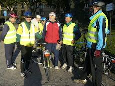 Tvoimistelijoiden = Atallilaisten pyöräilijöitä
