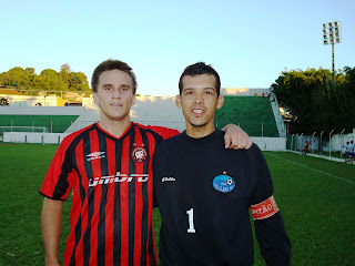 Rafael de Tulio marca e Bujato é segurança no gol