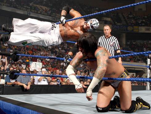 Punk pide revancha ante Mysterio Intercontinental+Champion+Rey+Mysterio+vs.+World+Heavyweight+Champion+CM+Punk+%28Non-Title%29