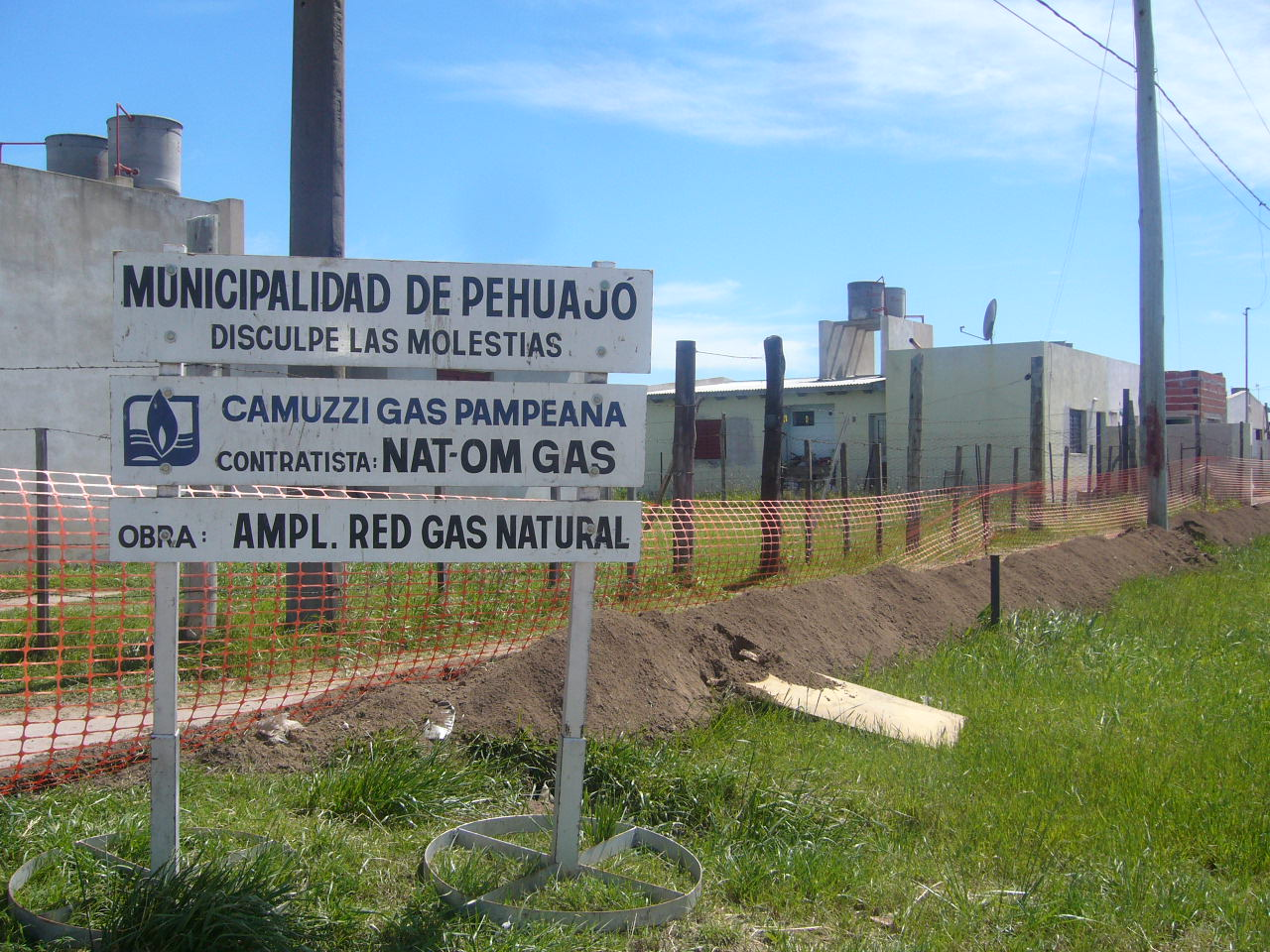 Oficina de prensa municipalidad de pehuajo m s obras de for Oficinas de gas natural