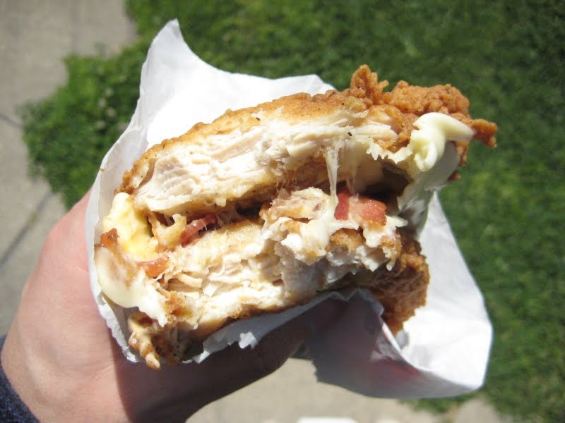 review kfc  double down sandwich  brand eating