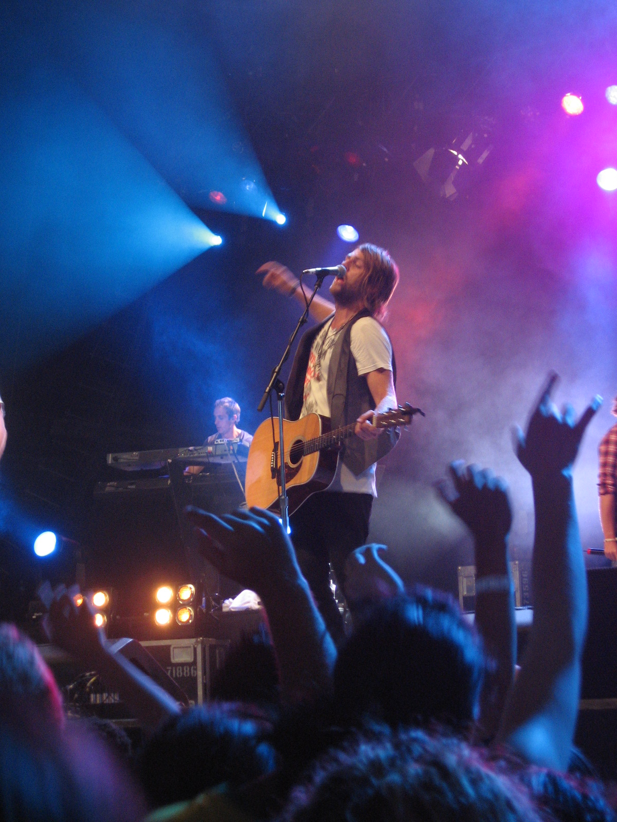 : Hillsong UNITED Brings EMPIRES Tour To The United States With Dates ...