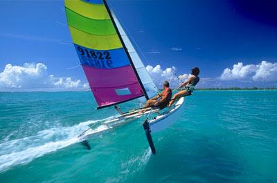 Hobie Cat 16, catamaran de sport de légende. Pierre-Yves Gires