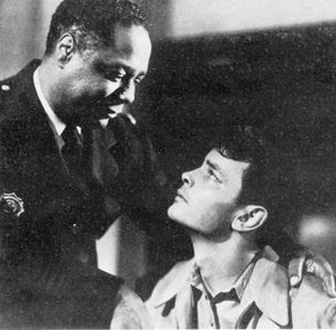 Canada Lee y Richard Hylton en Lost Boundaries (1949)