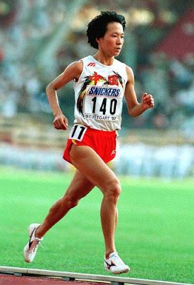 Wang Junxia en los mundiales de Stuttgart 1993