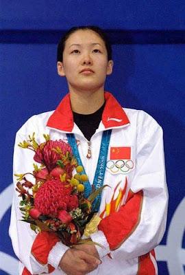 Sydney 2000 - Fu Mingxia, campeona en saltos de trampolín
