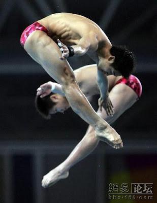 Atenas 2004 - Tian Liang y Yang Jinghui, ganadores en saltos de plataforma sincronizados