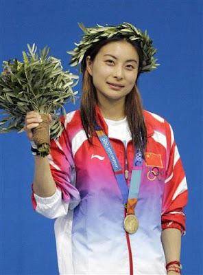 Atenas 2004 - Guo Jingjing, ganadora en saltos de trampolín