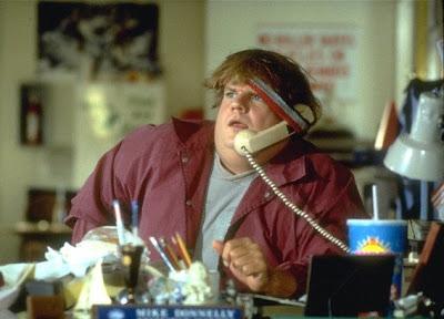 Chris Farley en Oveja negra (1996)