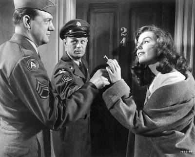 Karl Malden, Richard Widmark y Elaine Stewart en Hombres de infantera (1953)
