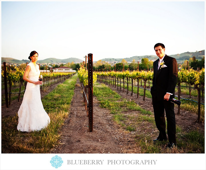 outdoor livermore vineyard wedding photographer
