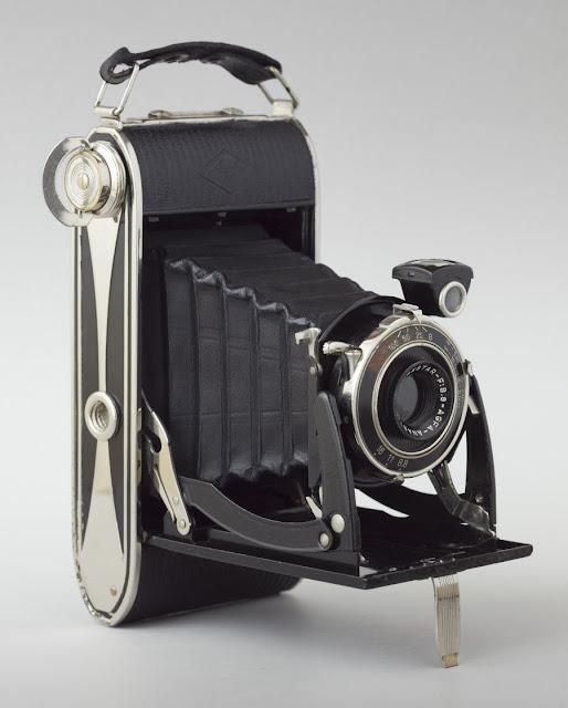 Vài em máy ảnh cổ độc cho anh em sưu tầm Yashica,Polaroid,AGFA,Canon đủ thể loại!!! - 33
