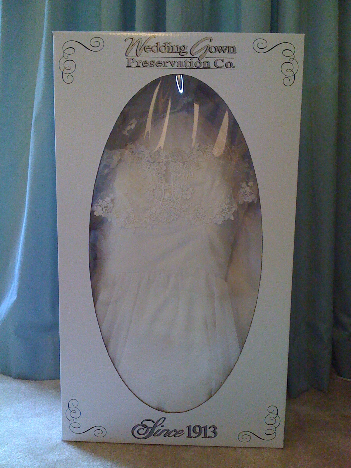 A splash of elegance wedding gown preservation for Wedding dress preservation company