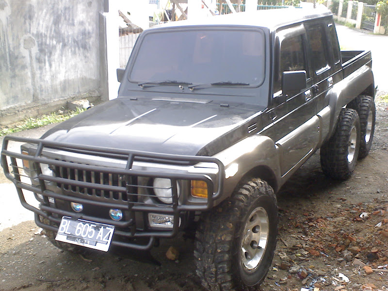 modifikasi anak bangsa suzuki jeep jimny 1982 mini hummer 6x6 title=