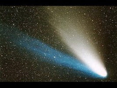 LA COMETA LULIN CON LE SUE DUE CODE
