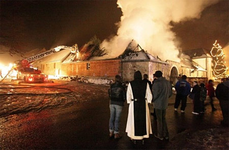 Beer Santa: Fire at Trappist Abbey Rochefort