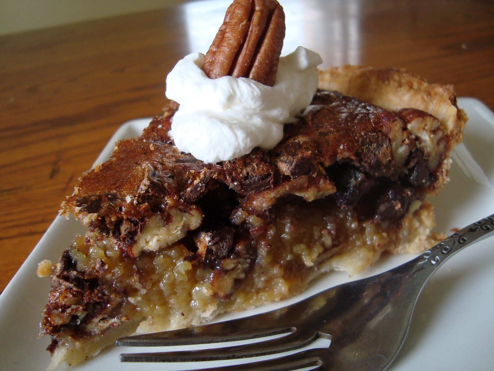 Hungry Spoon: Rich Chocolate Pecan Pie