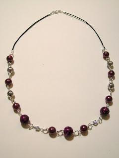 biżuteria z półfabrykatów - korale z howlitu (korale)