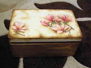 wyroby decoupage - drewniany kufer