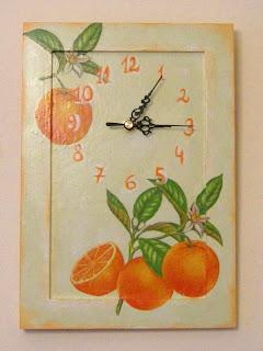 wyroby decoupage - zegar mandarynkowy