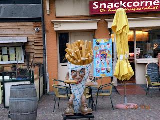 Не забудте отведать картофельных чипсов по-голландски