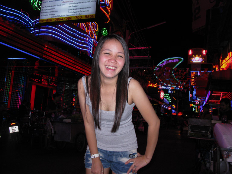 Here are a few shots of the neon lights of soi cowboy at night