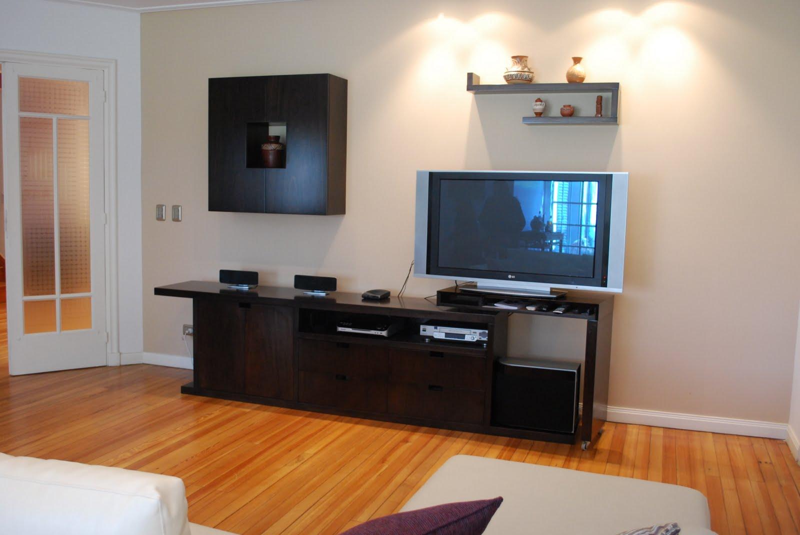 integra audio y video con objetos decorativos y lugares de guardado