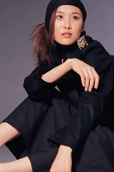 artist nude: Niki Chow Hong Kong model and singer