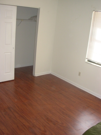 Jacksonville Condo Townhouses wood floors