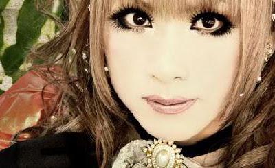 Saludo de Hizaki + Videos Promocionales